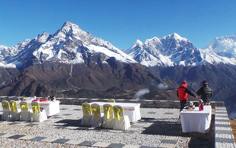 Breakfast in Everest, Heli Tour